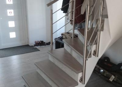 Relinggeländer & Stufen für Betontreppe